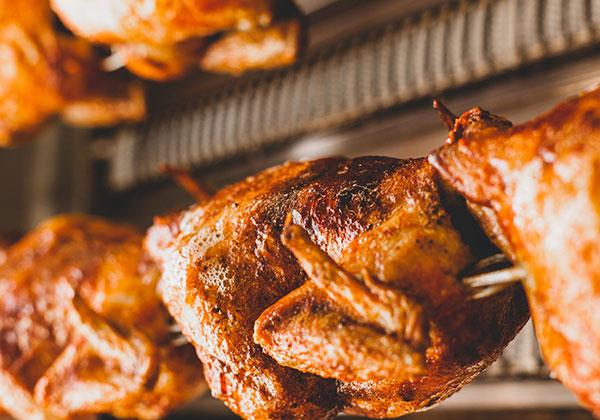 eats-rooster-rocks